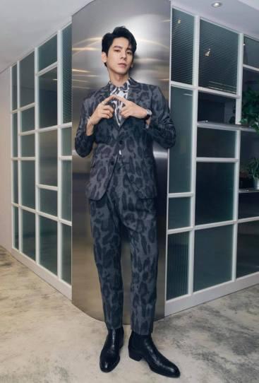 Austin Lin in Stella McCartney Spring 2020 Menswear-1