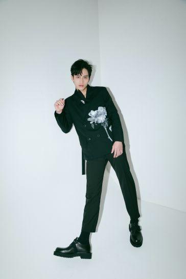 Fandy Fan in Valentino Fall 2020 Menswear-1