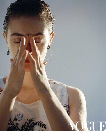 Natalia Vodianova for Vogue China August 2020-11
