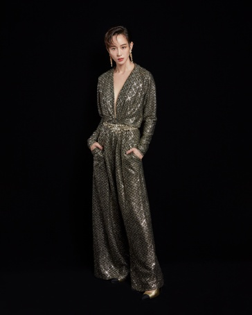 Ning Chang in Chanel Pre-Fall 2020-6