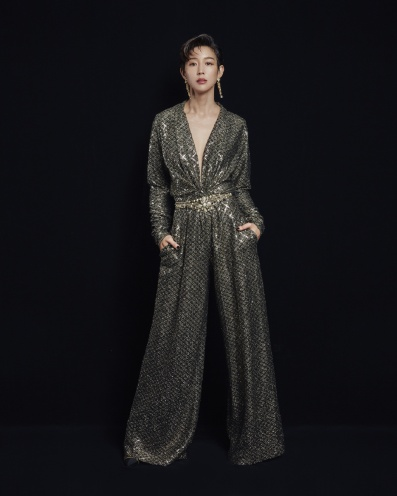 Ning Chang in Chanel Pre-Fall 2020-9