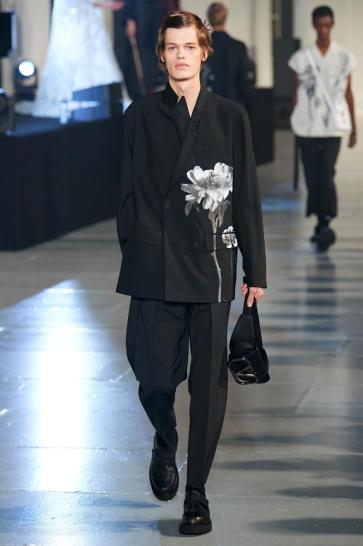 Valentino Fall 2020 Menswear