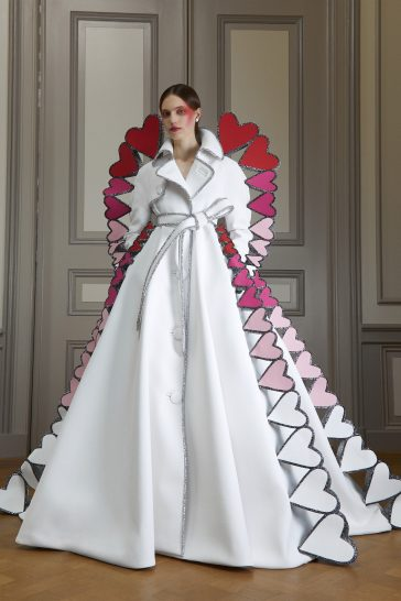 Viktor & Rolf Fall 2020 Couture-9
