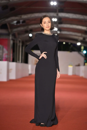 Alice Ko in Stella McCartney-1