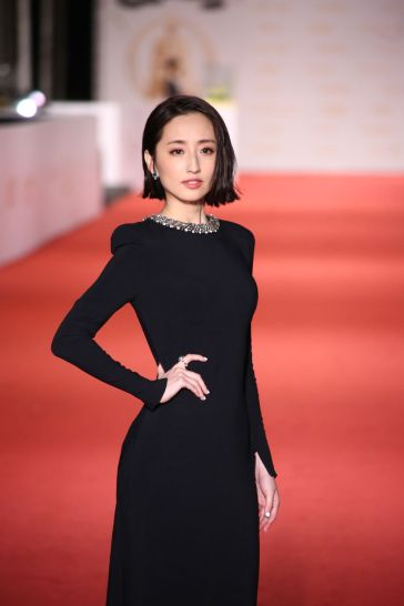 Alice Ko in Stella McCartney-3
