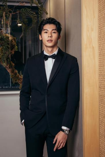 Greg Han in Dior Men-3