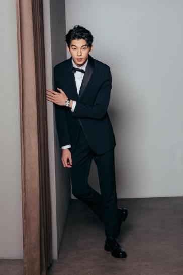 Greg Han in Dior Men-6