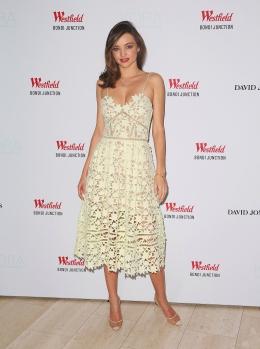 Miranda Kerr Appears At Kora Cosmetics Pop Up Shop